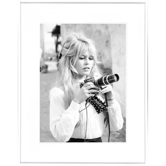 Brigitte Bardot - Camera | Archibello.eu